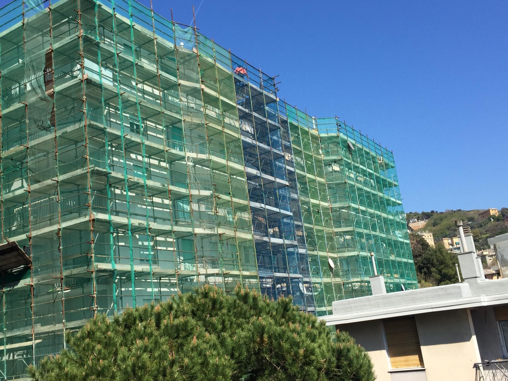 La facciata con il cantiere | sicedil.com